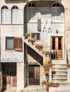 Façade à Scano, Italie