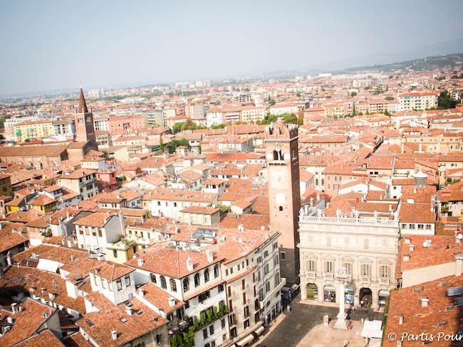 Italie_Verone_Piazza_delle_Erbe