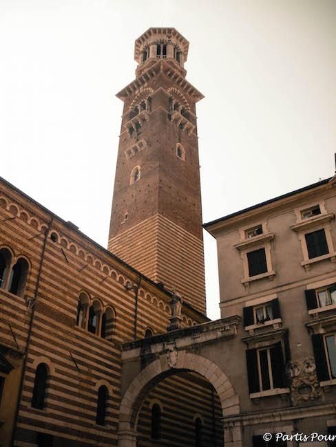 Italie_Verone_Torre_dei_Lamberti