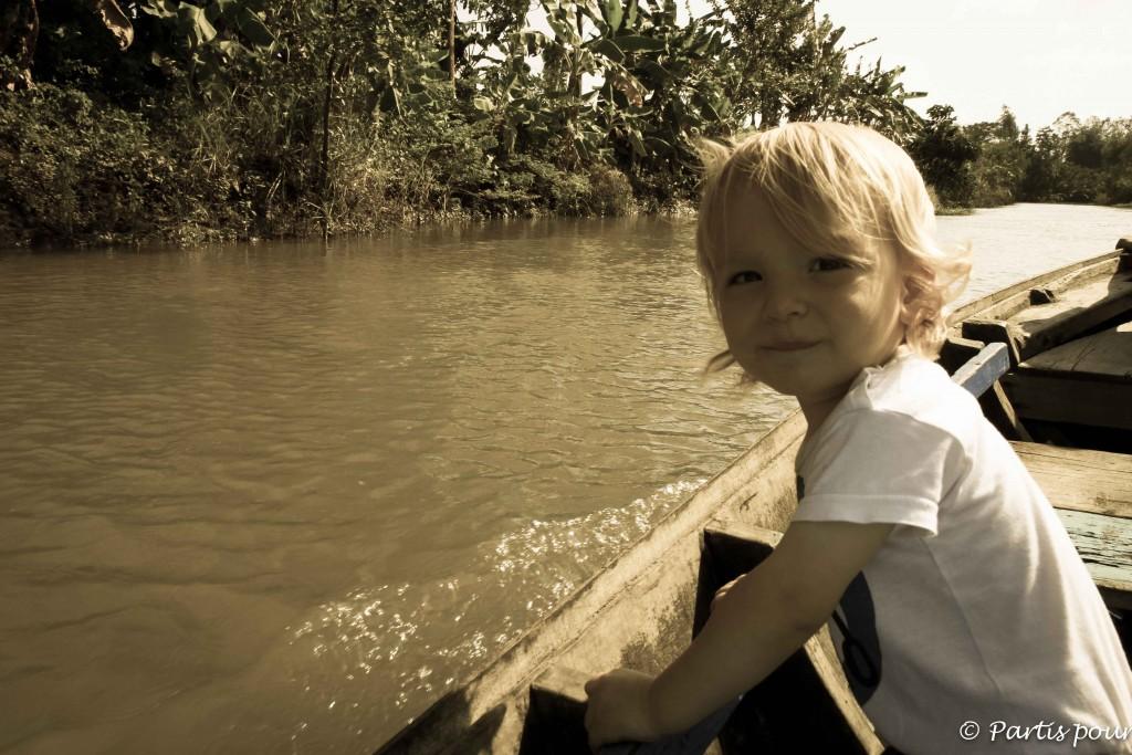 Sur un bateau au Vietnam. Tout va bien... Et si ? Formation aux gestes qui sauvent