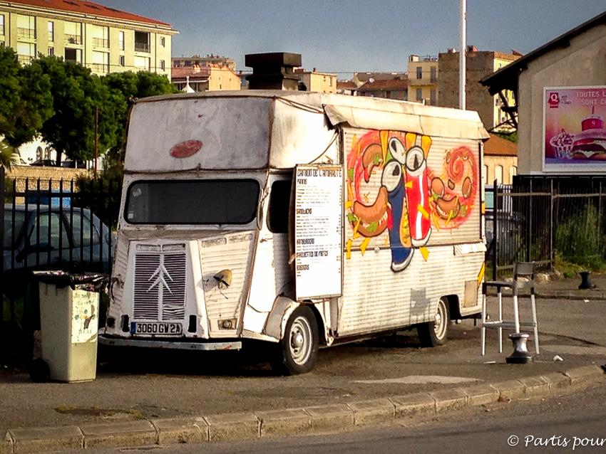 Camion Street Art Ajaccio Salon Blogueurs Voyage