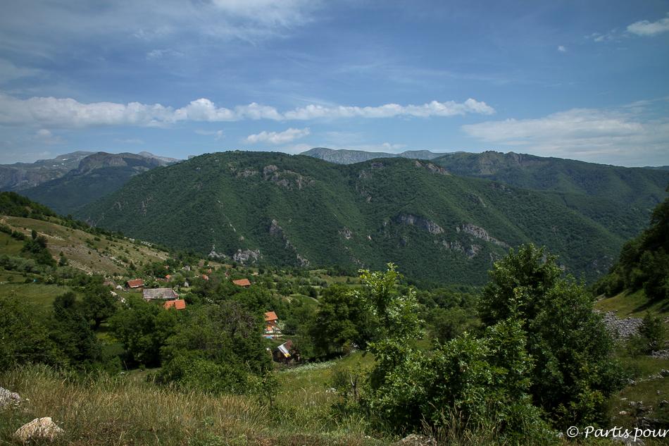 Cinq jours sur les routes de l'Herzégovine. Varčići