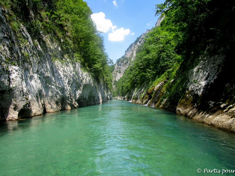 Rafting sur la Neretva, Bosnie-Herzégovine. Cinq jours sur les routes de l'Herzégovine