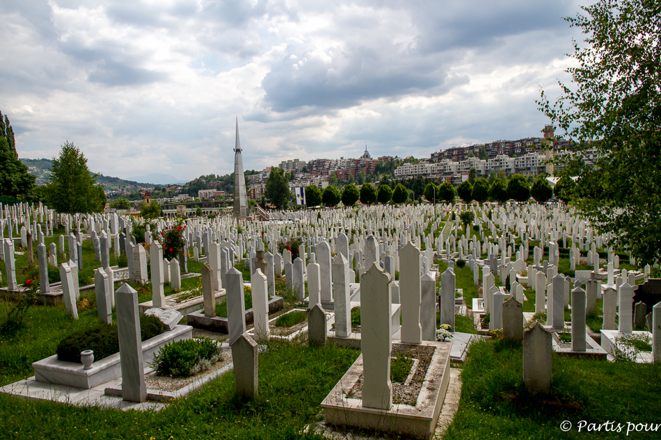 Cimetière musulman du stade Olympique. Trois semaines à Sarajevo