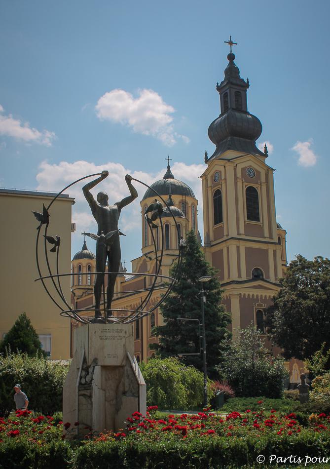 Place Oslobodenja, Ferhadija. Découvrir Sarajevo avec un enfant.