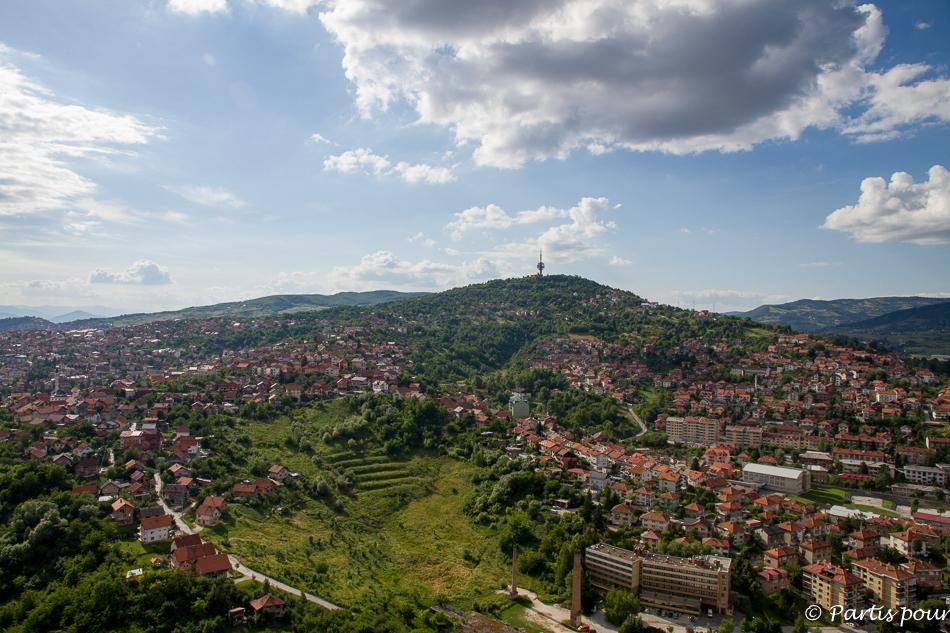 Panorame tour Avaz. Découvrir Sarajevo avec un enfant