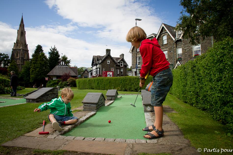 Partie de mini-golf, White Platts, Ambleside, Lake District National Park