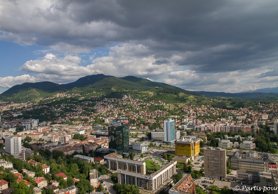 Tours Unis, Sarajevo. Les Ailes de Sarajevo, Bill Carter