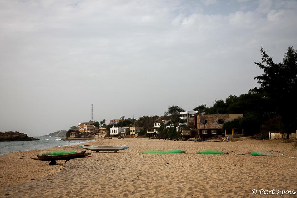Sur la plage de Popenguine au Sénégal. Le Sénégal, une belle surprise de 2015. Liebster Award 2016