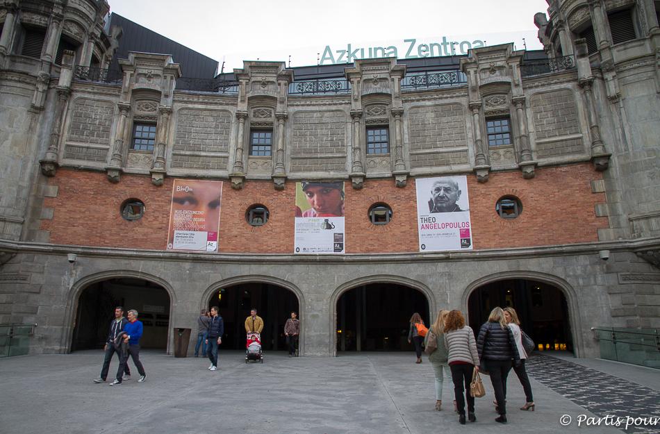 Entrée de l'Alhondiga à Bilbao