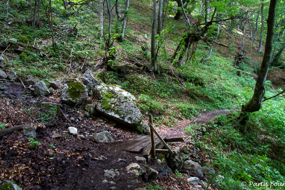 En chemin vers la cascade de Skakavac. Sortir de Sarajevo