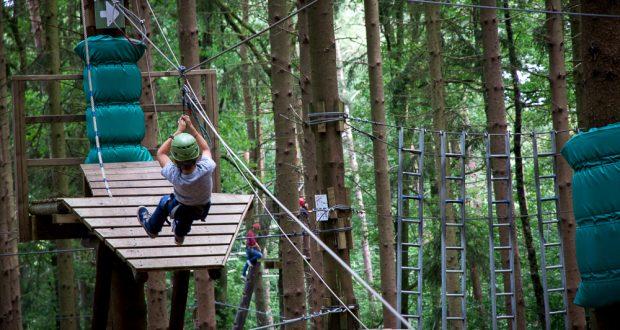 Activités pour des vacances en famille entre Liège et Gouvy en Wallonie.
