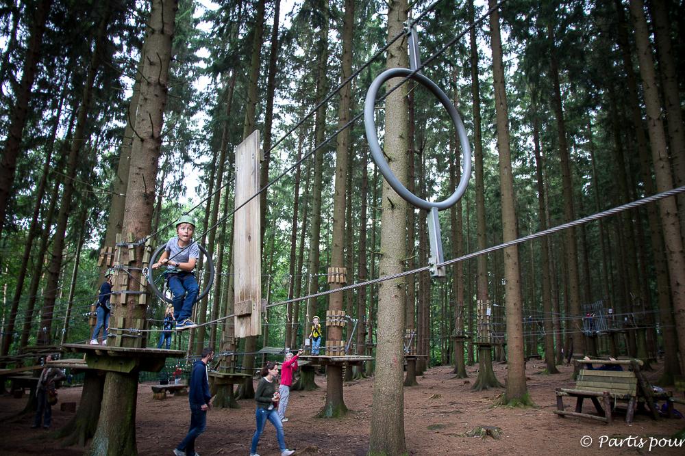 Parcours aventure au Parc Forestia. Province de Liège en famille