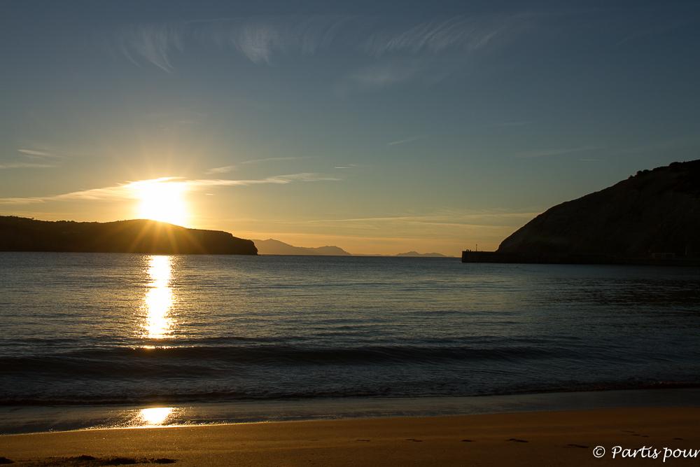 Coucher de soleil sur la plage de Gorliz au Pays-Basque espagnol