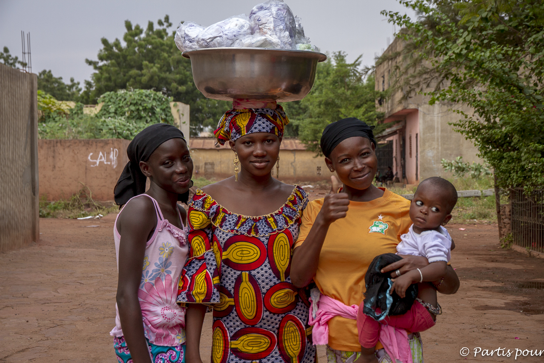 Rencontres au coin de la rue, Missabougou, Bamako, Mali. Billet de Bamako #3