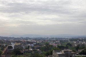 Vue sur le Niger depuis une colline du quartier de Missabougou. Billet de Bamako