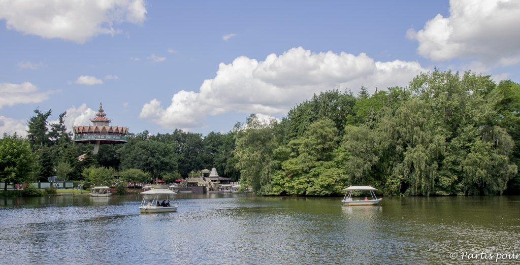 Plan d'eau et pagode, Efteling, Pays-Bas