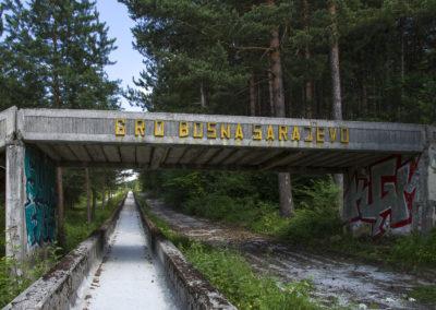 Sur la piste de bobsleigh des jeux olympiques de Sarajevo, Bosnie-Herzégovine