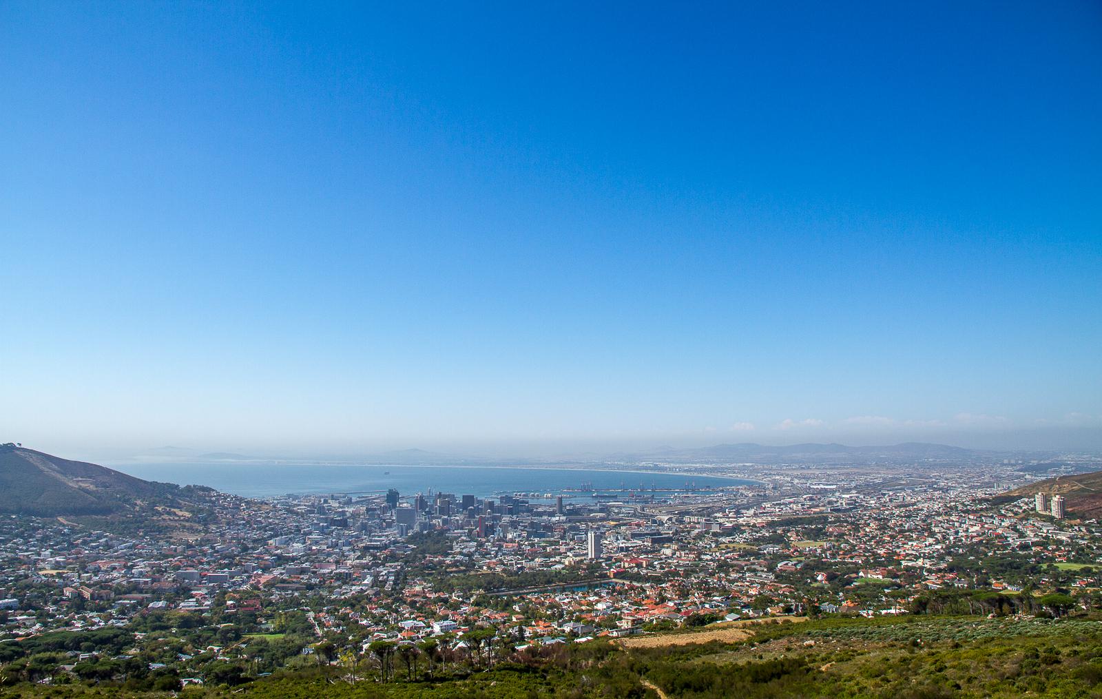 Vue sur Cape Town depuis la Table Mountain, Afrique du Sud - Partis pour